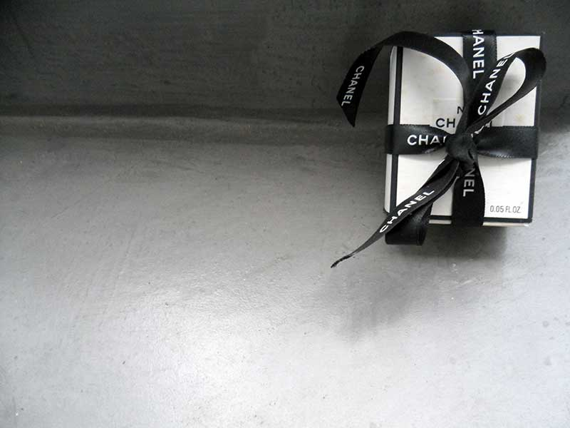 Caja de Chanel Nº 5 con Lazo