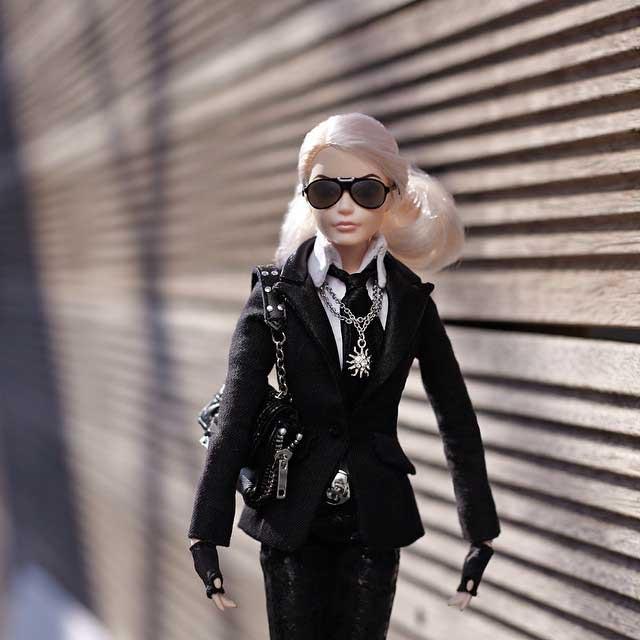 barbie-lagerfeld-walking