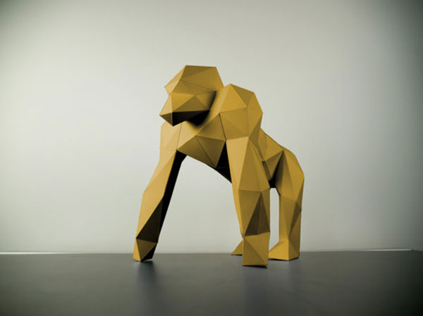 papertrophy-golden-gorila