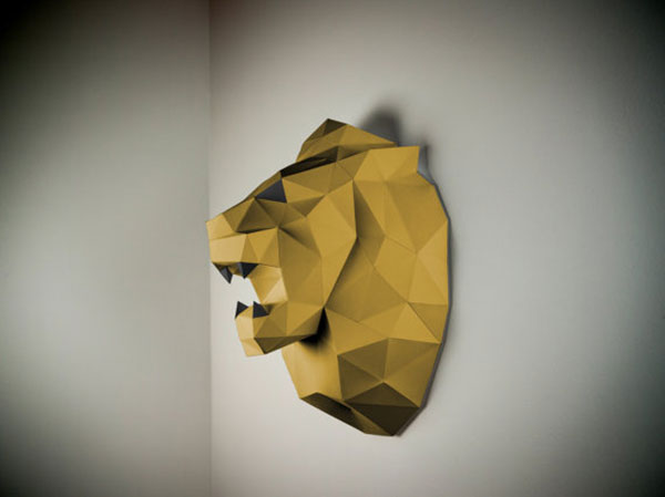papertrophy-lion