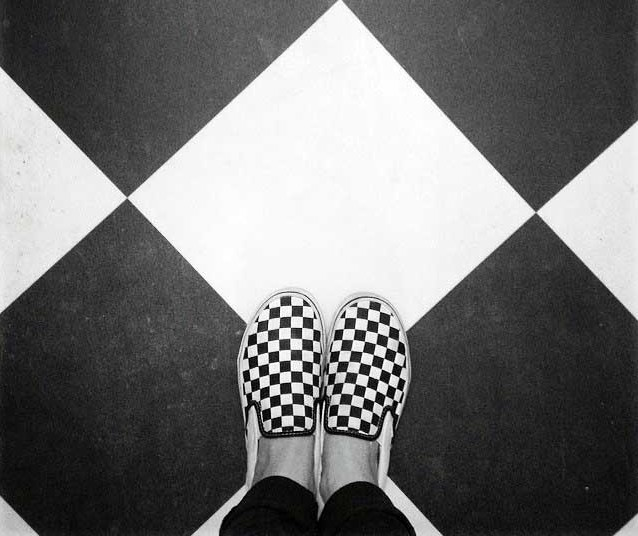 vans-black-and-white