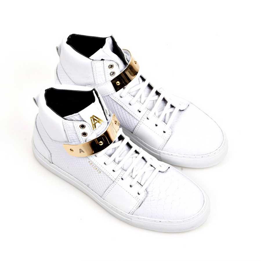 white-axel-arigato-gold2